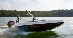 Determining your boat's maximum engine size