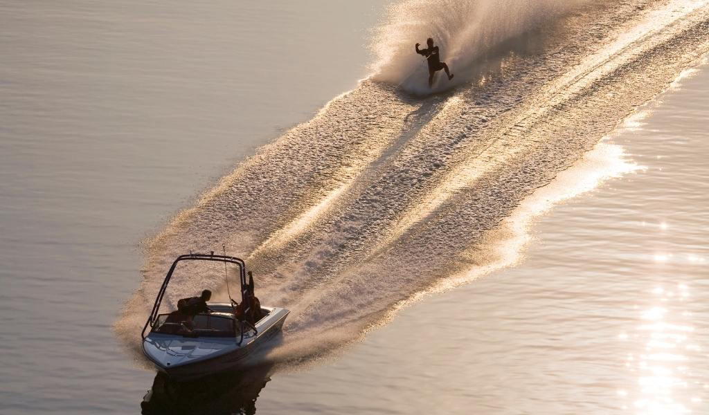 Best Boat for Water Skiing